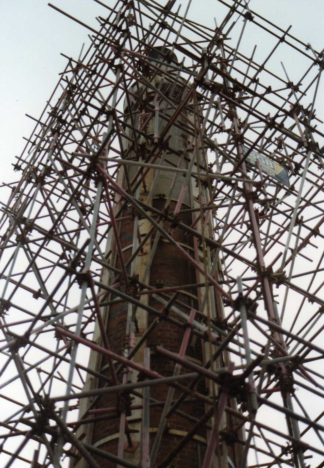 scaffolding to repair chimney